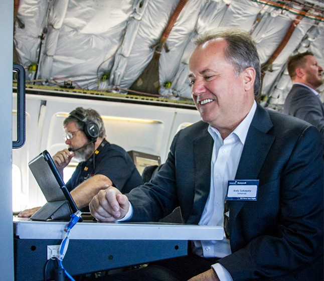 Inmarsat Chairman Andrew Sukawaty joined guests from airlines and partners on the GX Aviation global flight tour